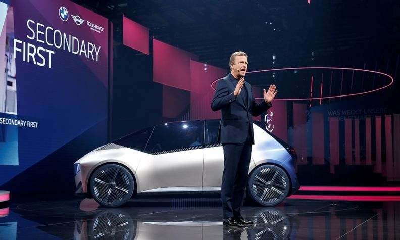 BMW CEO Oliver Zipse at IAA 2021