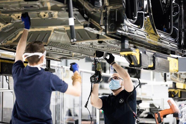 Daimlercuts-MAIN.jpg