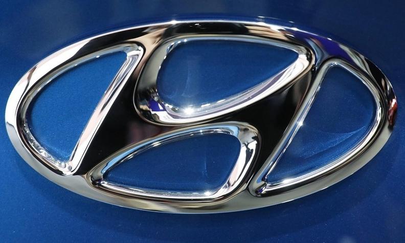 Hyundai badge Rts web.jpg