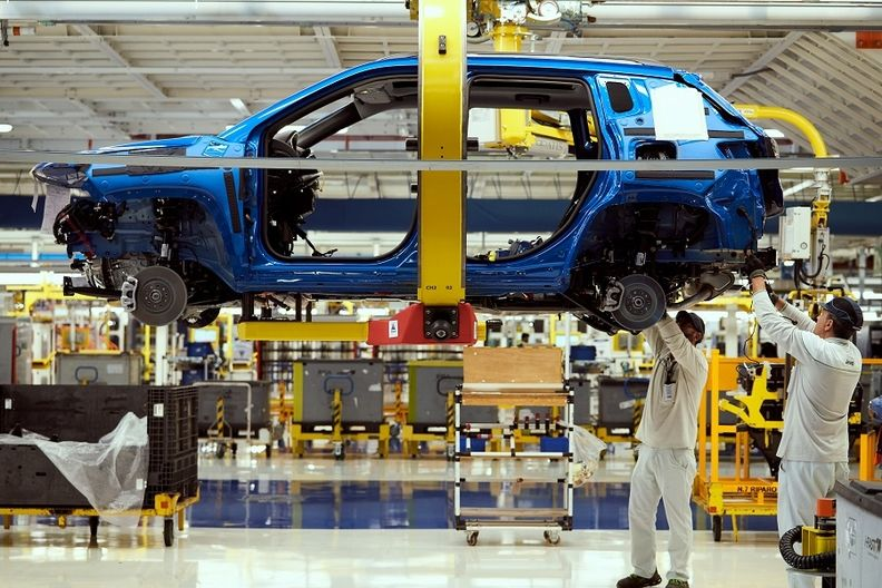 Jeep Compass production in Melfi.