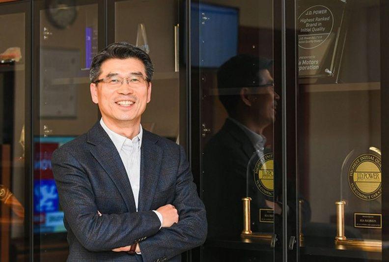 Kia CEO-MAIN_i.jpg