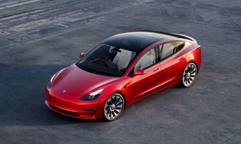 Tesla-Model 3_web