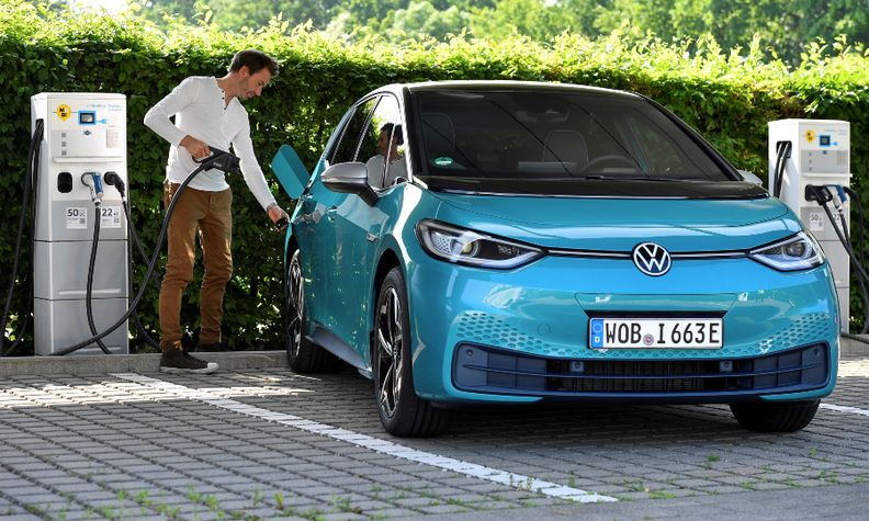 VW ID3 charging.jpg