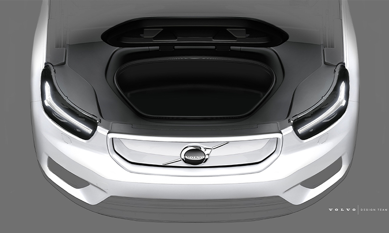 Volvo XC40 front trunk space
