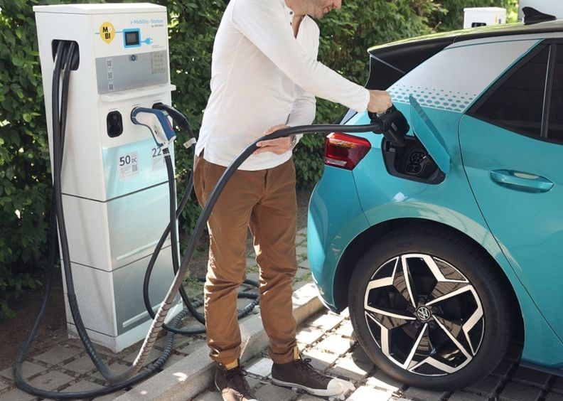 electric car sales on rise